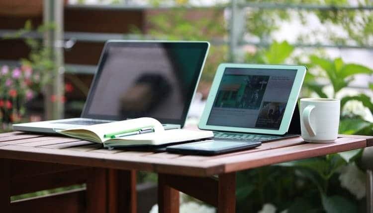 Laptops und Tablets für die Arbeit